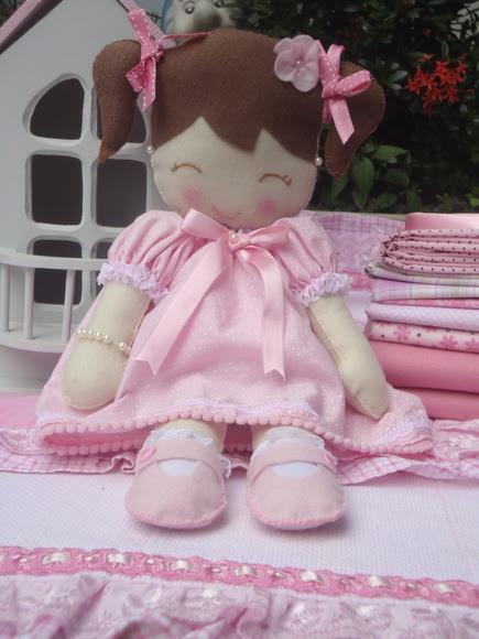 Boneca Isabelli Lívia