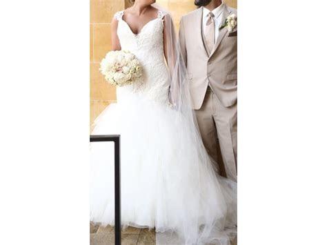 Justin Alexander 8827, $945 Size: 16   Used Wedding Dresses