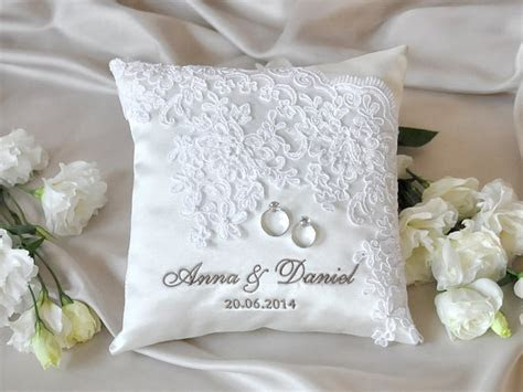 Lace Wedding Pillow, Vinateg Ring Bearer Pillow, White