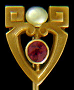 Egyptian Revival stickpin with amethyst and pearl. (J9126)