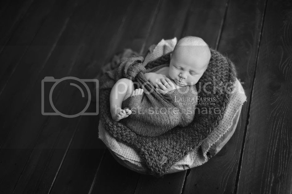 photo newborn-photographers-treasure-valley-idaho_zps9f120674.jpg