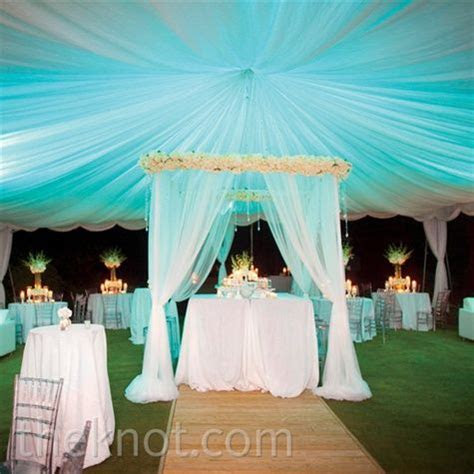 wedding reception, aqua blue turquoise lighting effect #