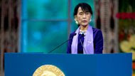 Burma's Aung San Suu Kyi Formally Accepts Nobel Peace Prize 21 Years Later (ABC News)