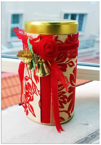 Decorated tin can