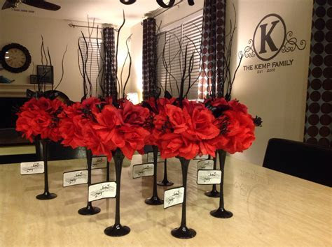 DIY Black and red wedding centerpieces. Can of spray paint