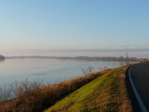 Stienta - Stienta e il grande fiume