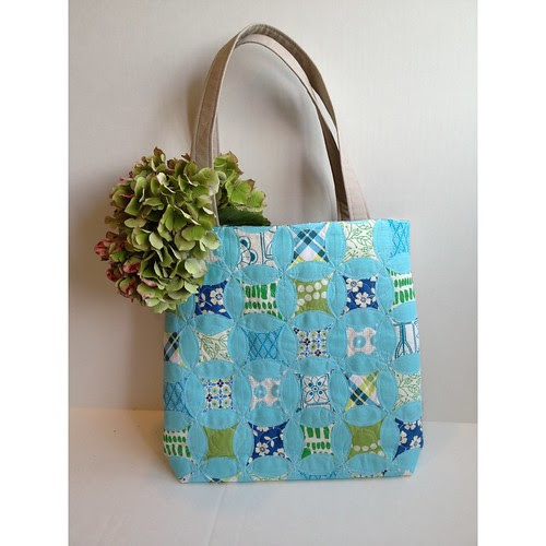 The front of the tote for Mouthy Stutches.