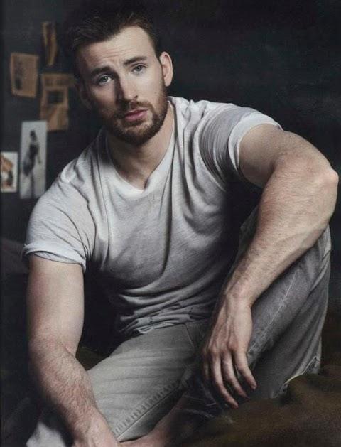 Sexy Chris Evans Pics (@Tumblr)   Top 12 Hottest
