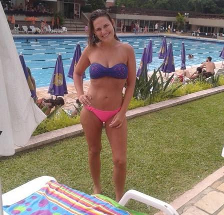No primeiro mês, Karine perdeu 8kg