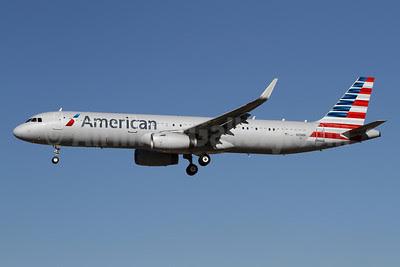 American Airlines Airbus A321-231 WL N101NN (msn 5834) LAX (James Helbock). Image: 921694.