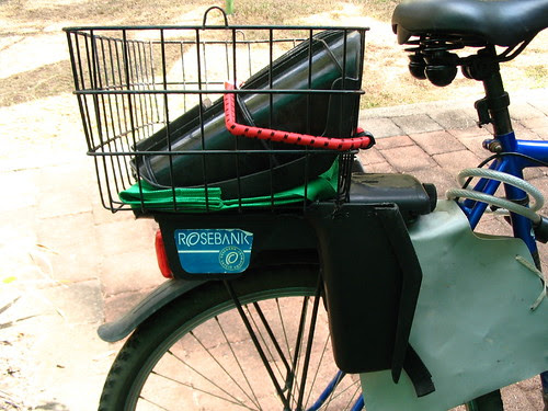 Clip on bike basket