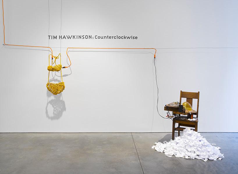 counterclockwise-tim-hawkinson-pace-gallery-in-new-york-designboom-01
