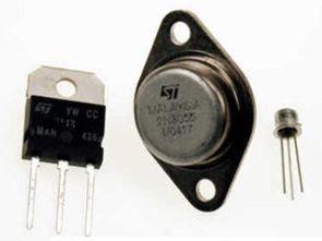 Nguồn cung cấp điện trở Transistor được bảo vệ ngắn mạch 0-30 V