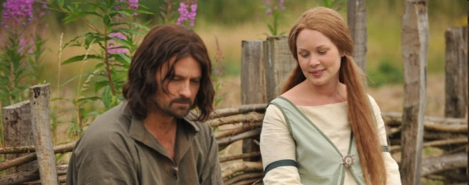 Beth Aynsley as Gilraen & Christopher Dane as Arathorn, the mother and father of Aragorn