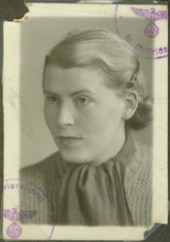 Frau Fritz Basserman