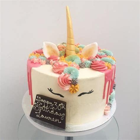 Magical Unicorn Cascade Cake   Anges de Sucre ? Anges de Sucre