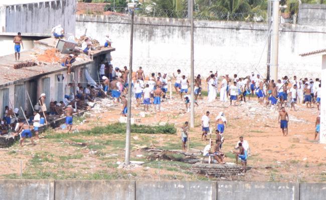 """""""A vitória é nossa"""", gritam presos dentro de Alcaçuz"""