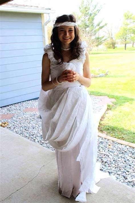 Toilet paper dress game for Bridal shower   My Wedding