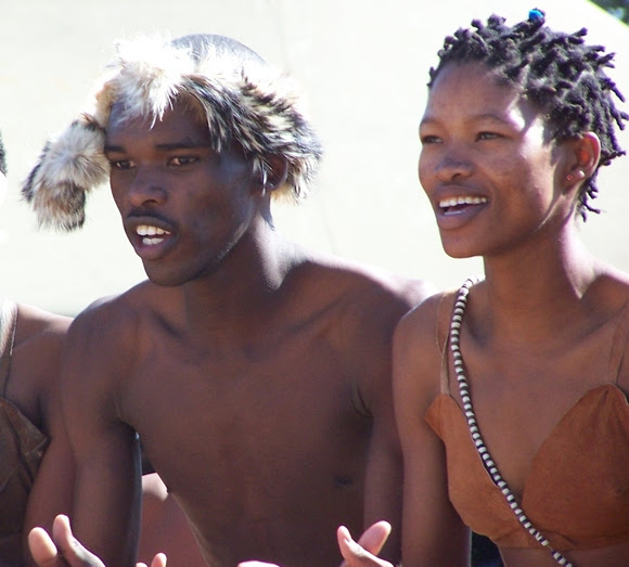 AIknLbJetf K2etSn 7ANSardSD31pTRf5 sEez5NWtDpBWnLb W33YX4R Y4eIsnnaeW3c6UjIvKcX2TK32wqQL7l9fQEFZe Q okDCklI=s0 d San Bushmen People, The World Most Ancient Race People In Africa