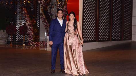 Everything about Akash Piramal & Isha Ambani's Wedding