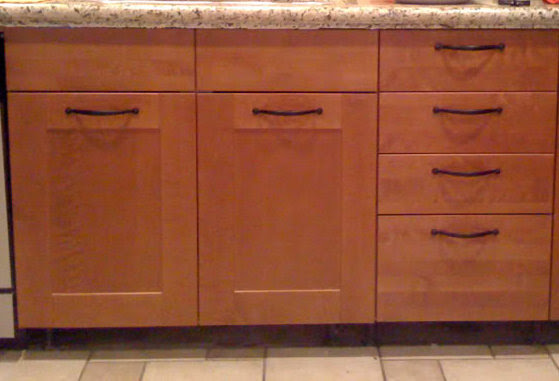Fix my Cabinet » Should Cabinet Handles Be Installed ...