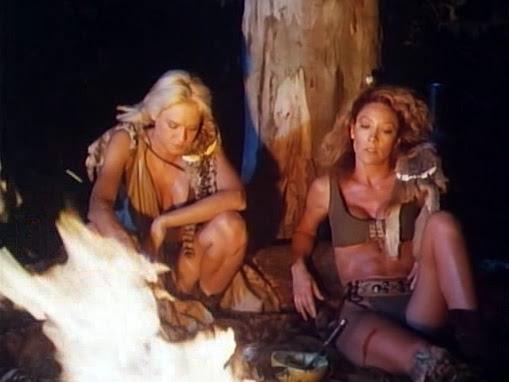 Penelope Reed y Mindi Miller en 'Amazons'