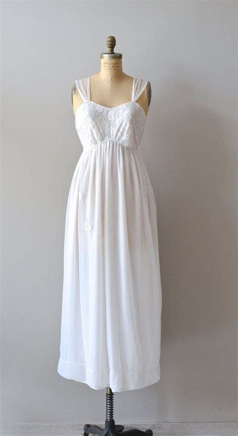 25  best ideas about Vintage Nightgown on Pinterest