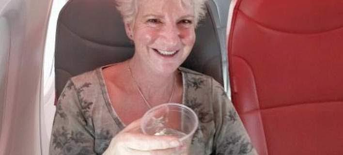 Με εισιτήριο 46 λιρών ταξίδεψε VIP, μόνη της σε αεροπλάνο 189 θέσεων από Γλασκώβη για Κρήτη [εικόνες]