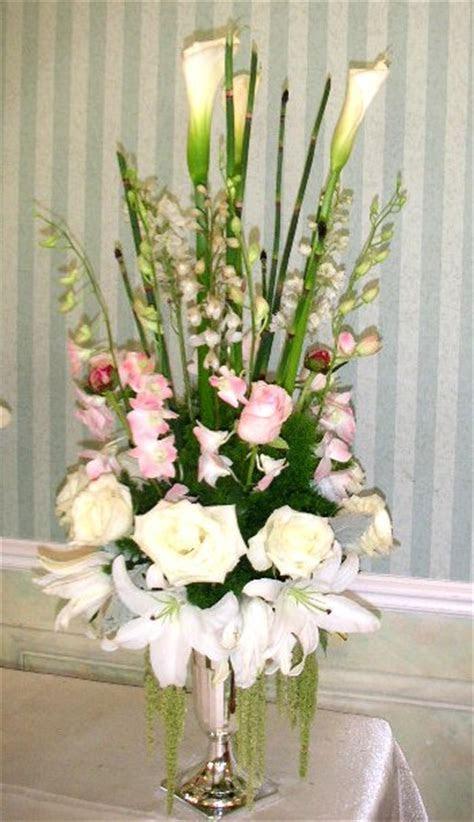 Floral Design Class Wedding Ceremony Arrangement Course