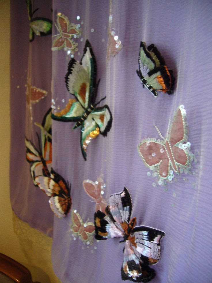 Beaded butterflies - Lesage.