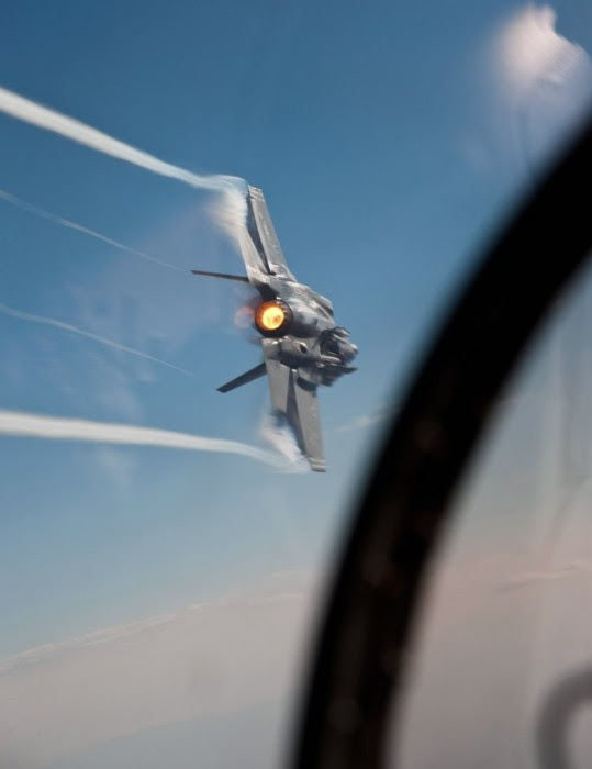 Amazing-shot-of-F-35-en pleno vuelo.