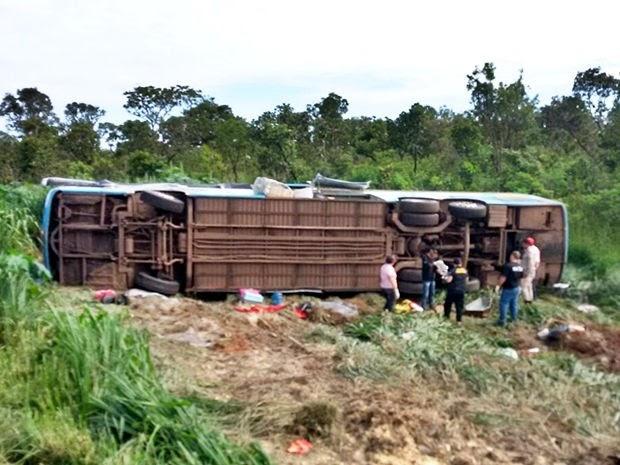 Tragédia: Ônibus de Imperatriz capota em Mato Grosso, mata 11 pessoas e deixa 23 feridos