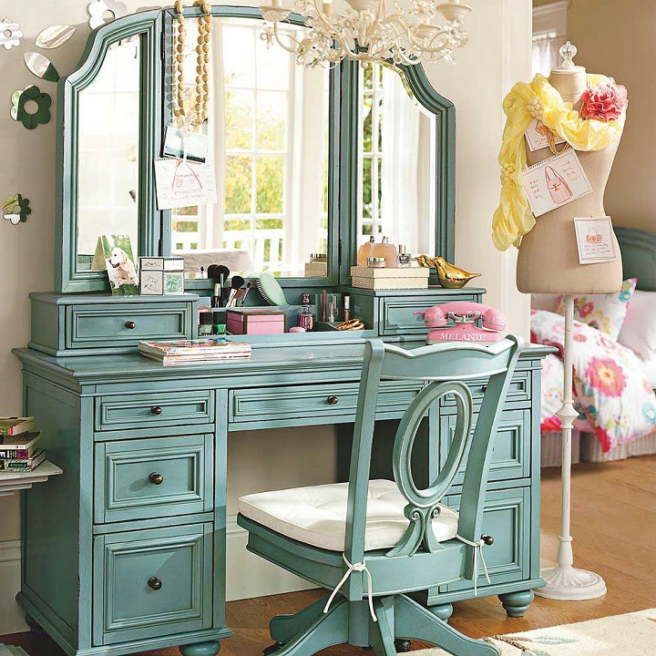 Clever Organizing Tips For The Vanity Table