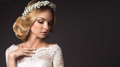 41 Best Wedding Hairstyles for Medium Hair [July. 2019]