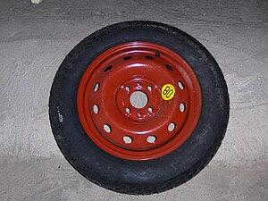 rueda de repuesto de emergencia. Emergency spa...