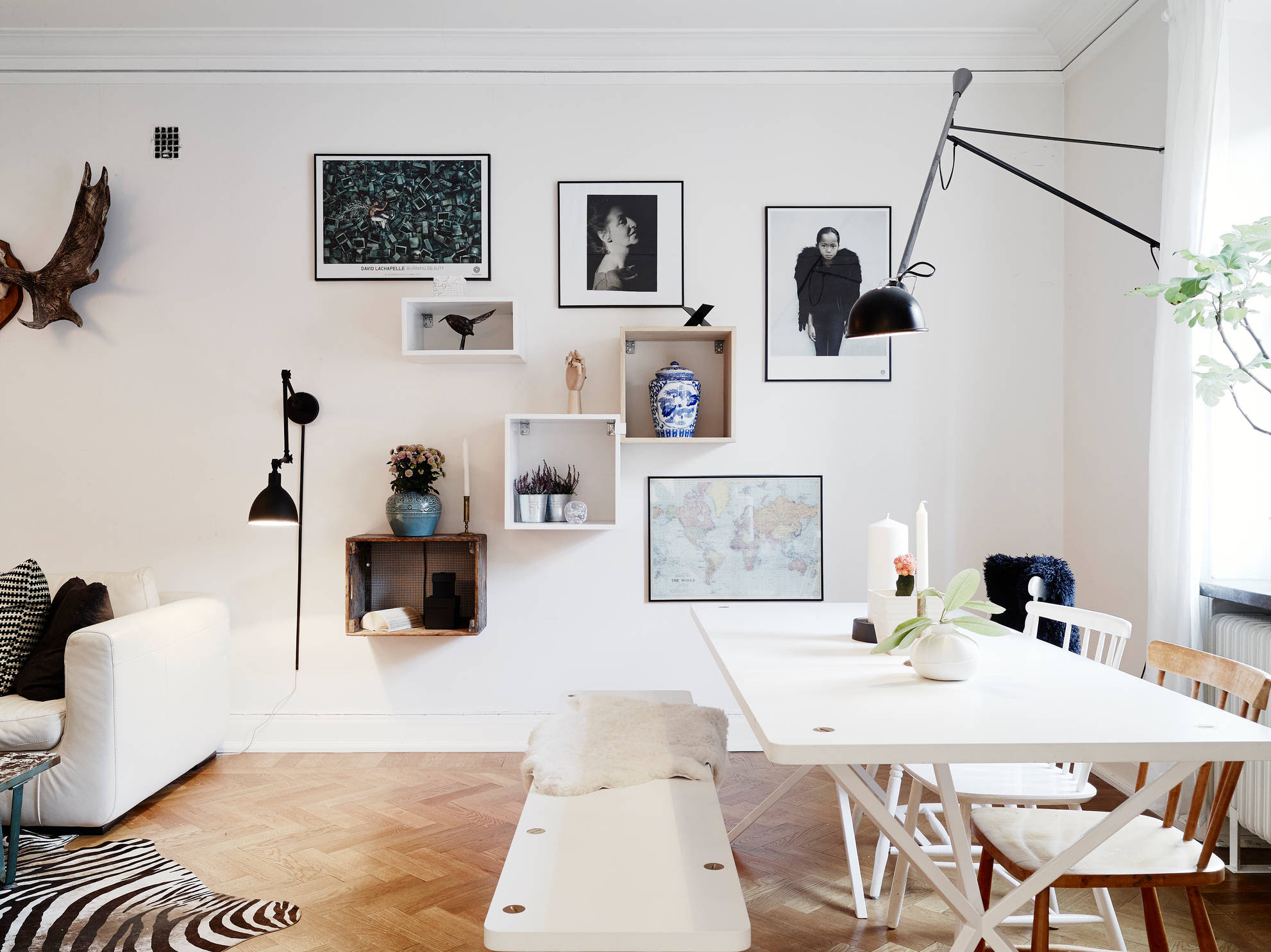 Living room with different angles and lines - COCO LAPINE ...