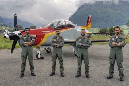 Los primeros cuatro de los ocho pilotos que se han formado en Suiza.