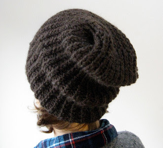 Simple slouchy hat by Julie Weisenberger