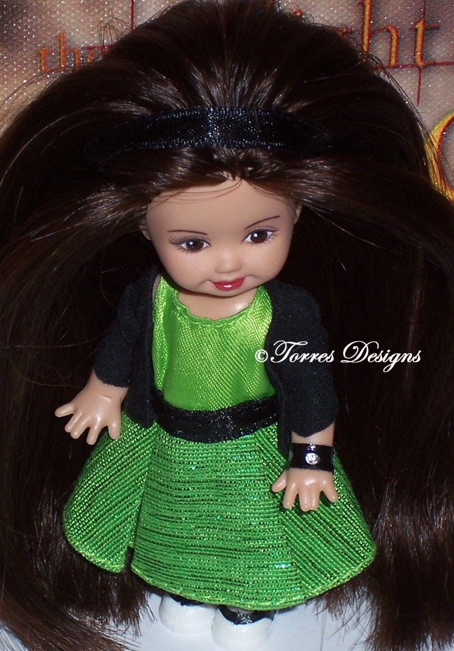 OOAK Repaint Doll BELLA SWAN by TorresDesigns