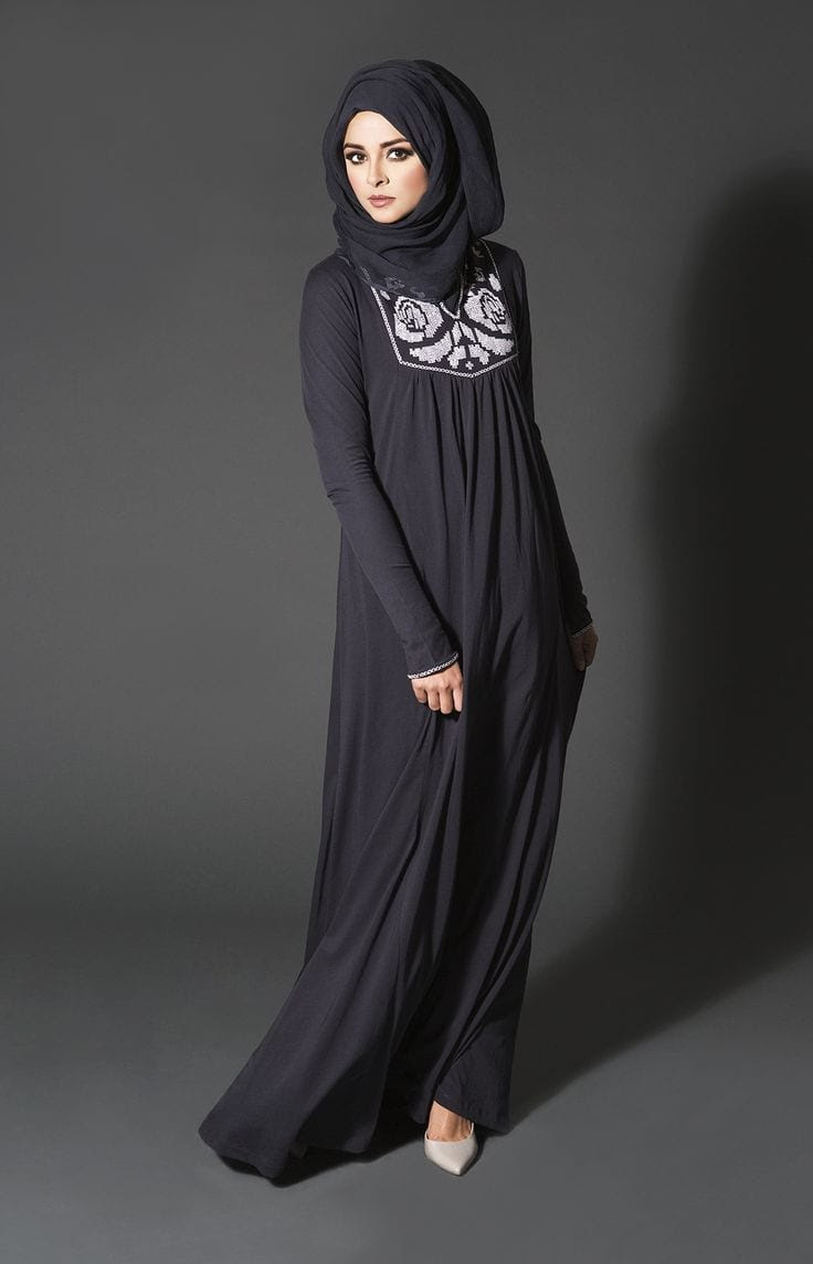 Black Embroidered Style Abaya