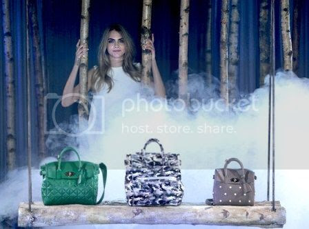 "Cara Delevingne: Mulberry ""IT"" Bags photo Cara-Delevingne-Mulberry-Bags_zps9c68c5f0.jpg"