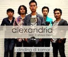 Lirik Lagu Alexandria - Dinding Di Kamar (feat. Cahaya Dewi)