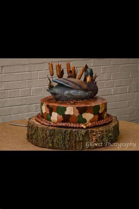 Camo duck cake!   Cakes   Duck cake, Cake, Cake decorating