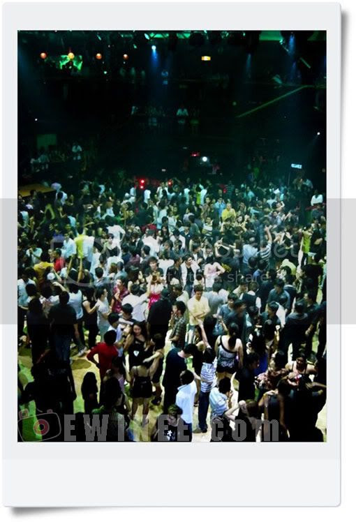 Euphoria-Ministry-Of-Sound-Crowd-2am