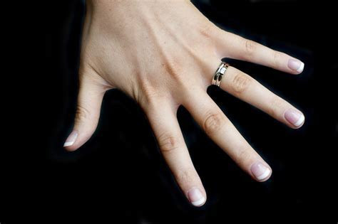 Best Of Do You Wear A Promise Ring On Your Wedding Finger