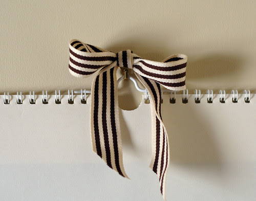 Pretty bow instead of ugly hook