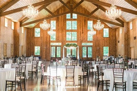 Beautiful elegant venue in the Houston area. The Carriage