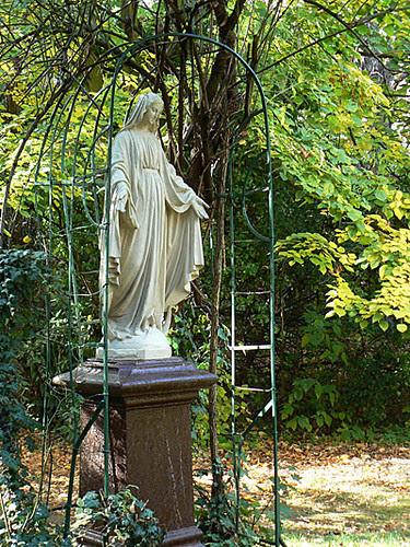 statue Blomet.jpg