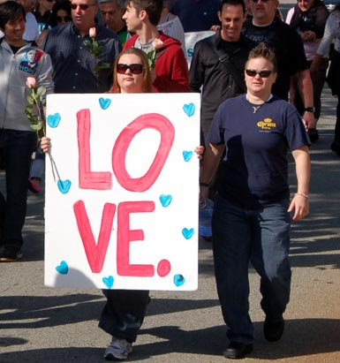 2LOVE-marchers.jpg