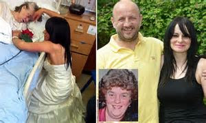 Woman, 43, fulfills her terminally ill mother's dream by